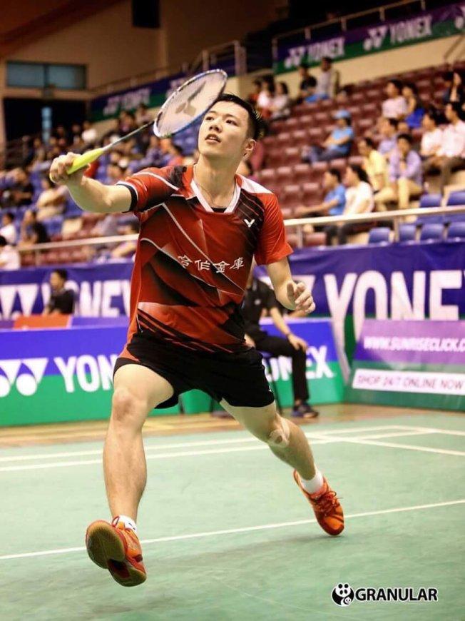 เพชร ประเดิมชัยรอบแรกชนะ Tzu Wei WANG จากไทเป 2 0 เกม ในการแข่งขัน